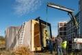 02.11.2018 Apolda: Anlieferung und Einbau der Glaselemente am Timber Prototype der Internationalen Bauausstellung Thüringen IBA. Foto: Thomas Müller